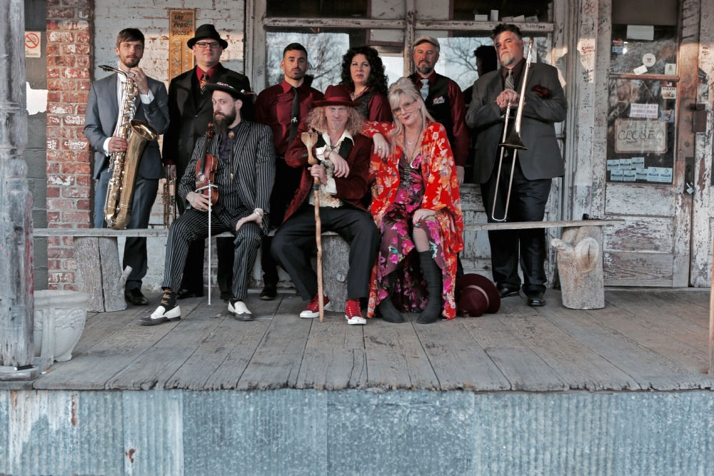Closing Night: Squirrel Nut Zippers